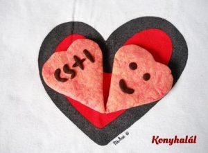 marcipán ízű szívkeksz valentin
