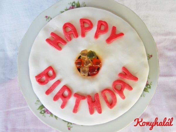 Gumicukor szülinapi torta