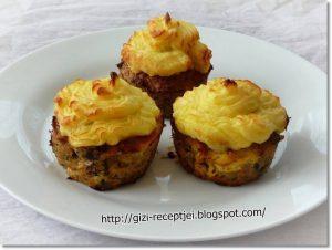 fasírt krumplipürével muffinforma