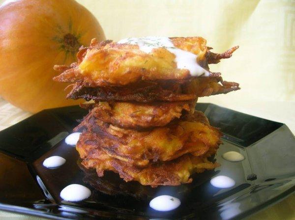 burgonyás-sütőtökös tojáspogácsa